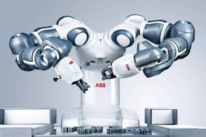Manufacturing robot by ABB